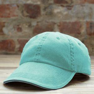 caps med lav pull og logo