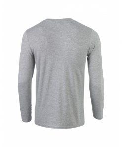 t-skjorte med lange ermer og egen logo
