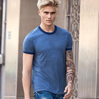 t-skjorte med kontrast og trykk